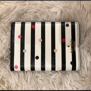 NWT Kate Spade Passport Holder / Wallet